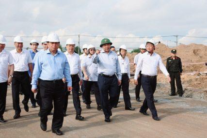 Thủ tướng yêu cầu bàn giao hơn 1.800ha đất xây sân bay Long Thành trong tháng 10